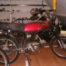 Honda ss50  VERKOCHT